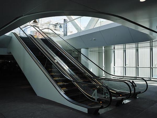 自动扶梯图片